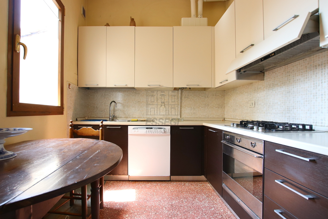 Appartamento Lucca Centro storico IA01764 img 10