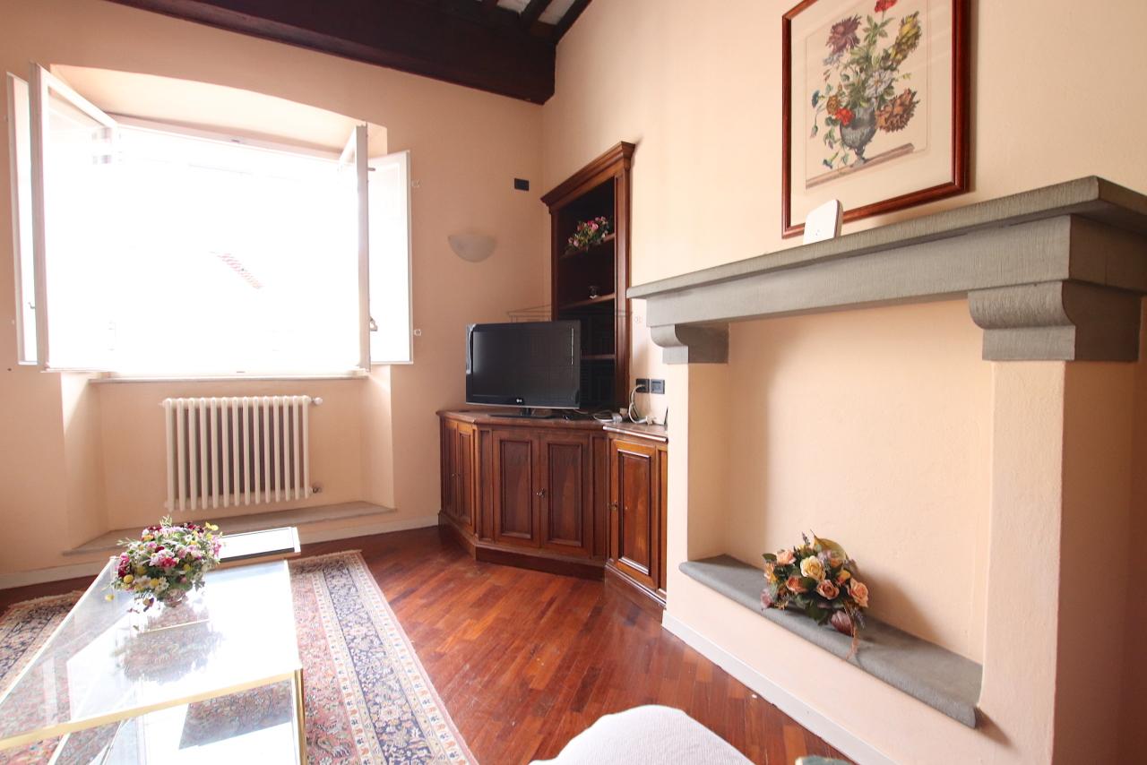 Appartamento Lucca Centro storico IA00011 img 17