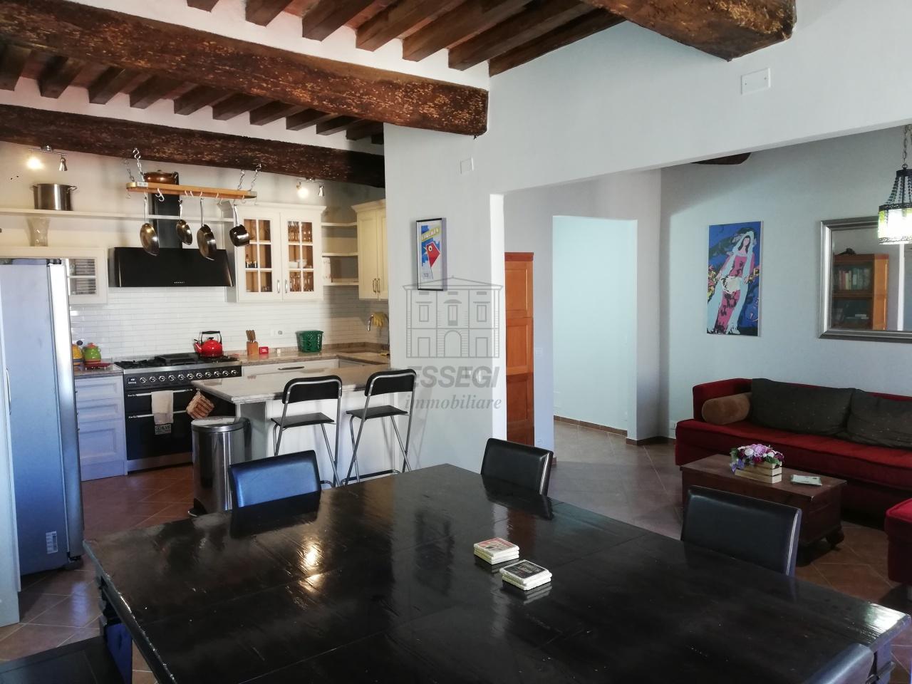 Appartamento Lucca Centro storico IA01844 img 26