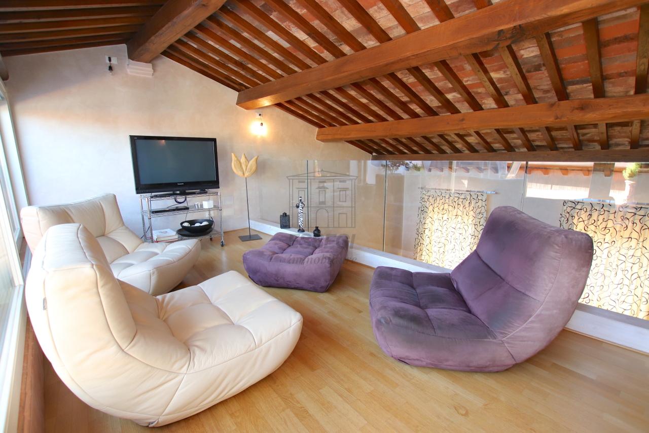 Appartamento Lucca Centro storico IA03502 img 53
