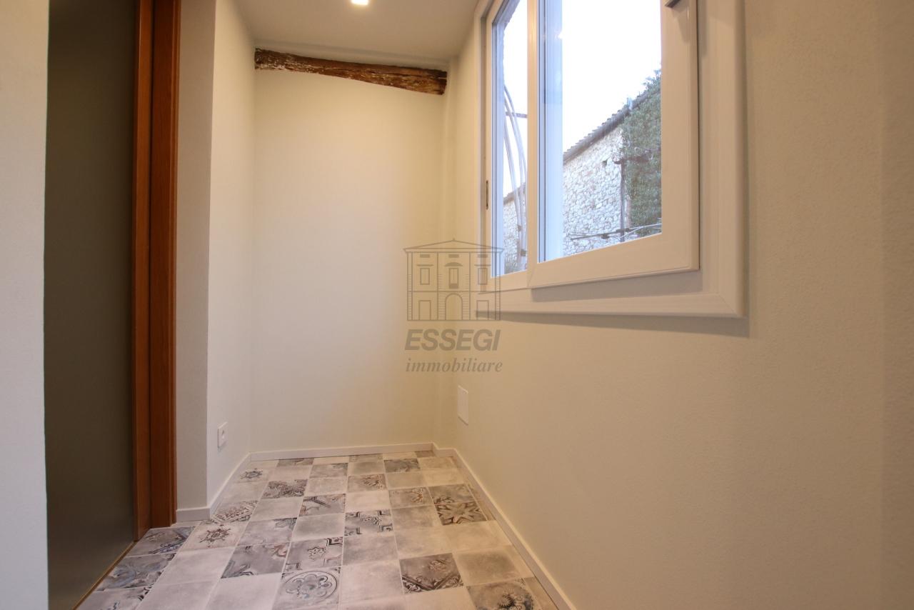 Appartamento Lucca Centro storico IA03520 img 18