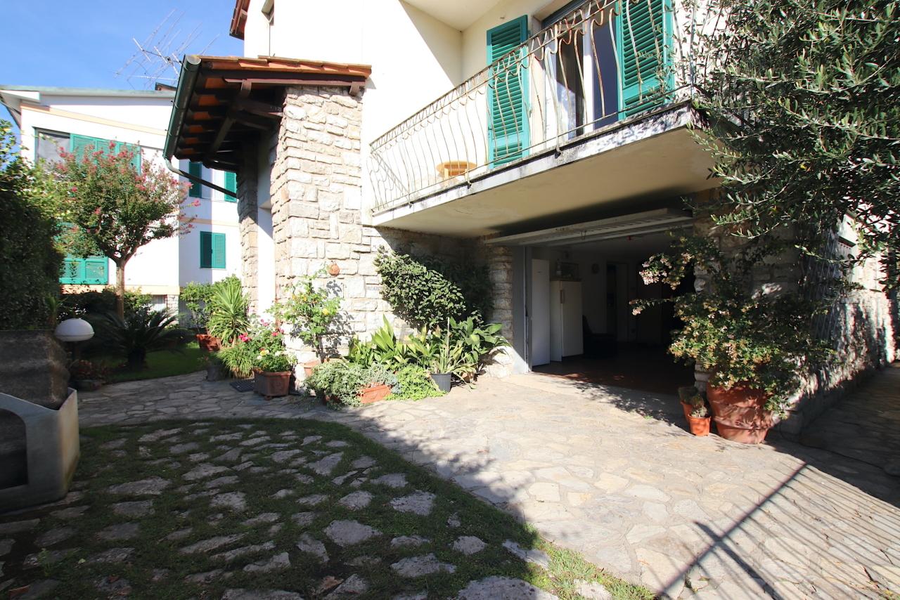 Appartamento Lucca S. Anna IA02053 img 2