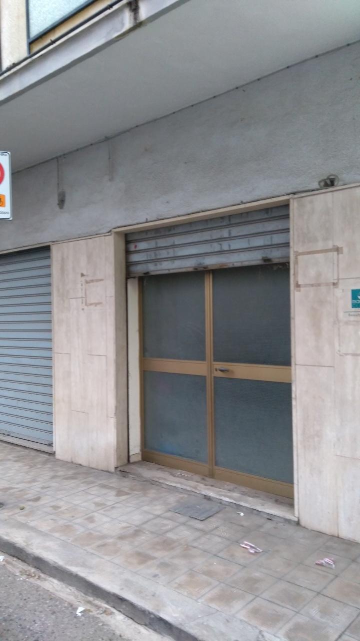 Magazzino in vendita a Reggio Calabria, 1 locali, prezzo € 40.000 | CambioCasa.it