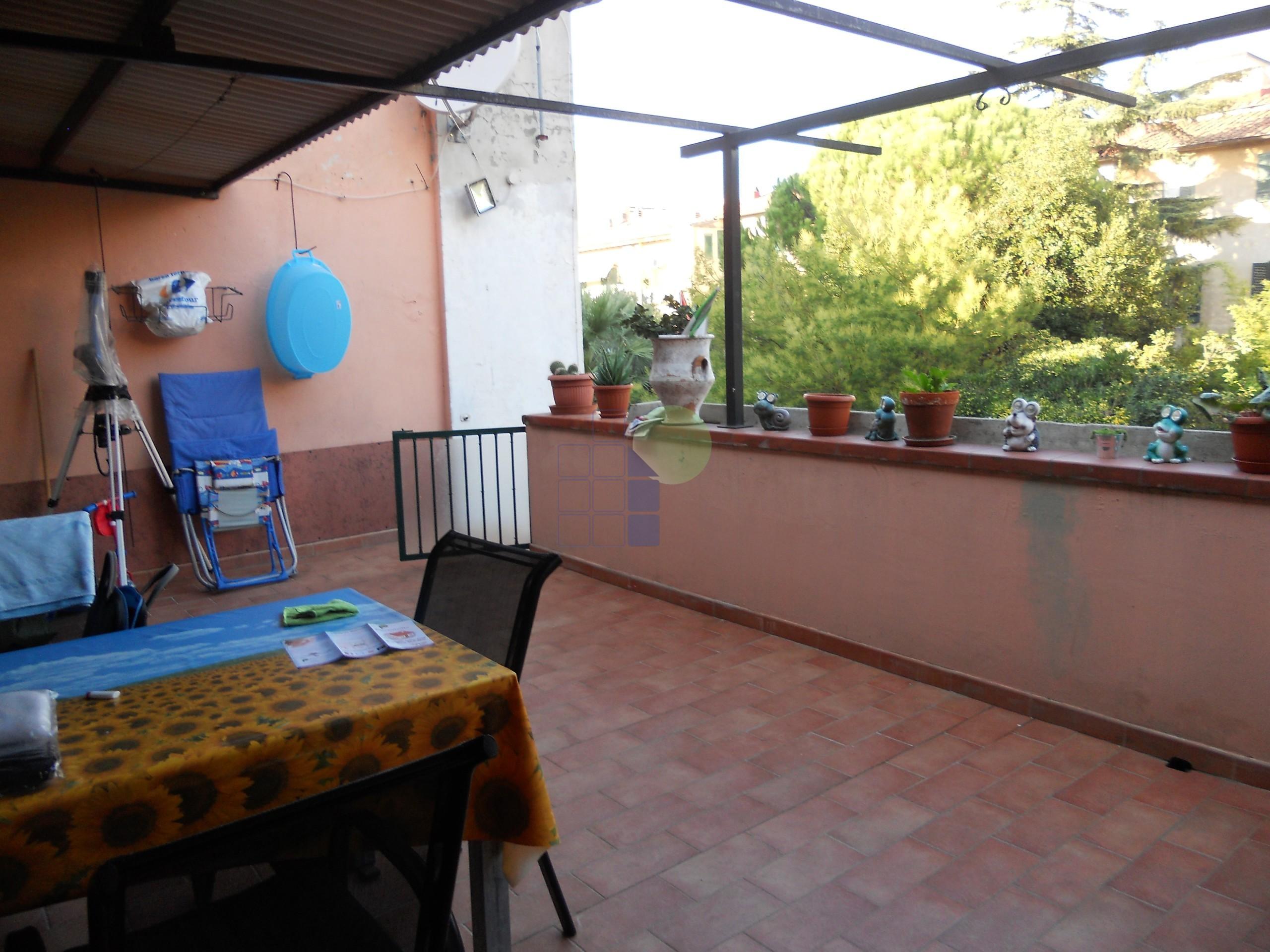Codice 2269 Appartamento, Oltre 4 locali Vendita a Livorno ...