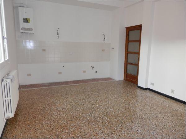 Appartamento in affitto a SanRemo, 4 locali, prezzo € 580 | PortaleAgenzieImmobiliari.it