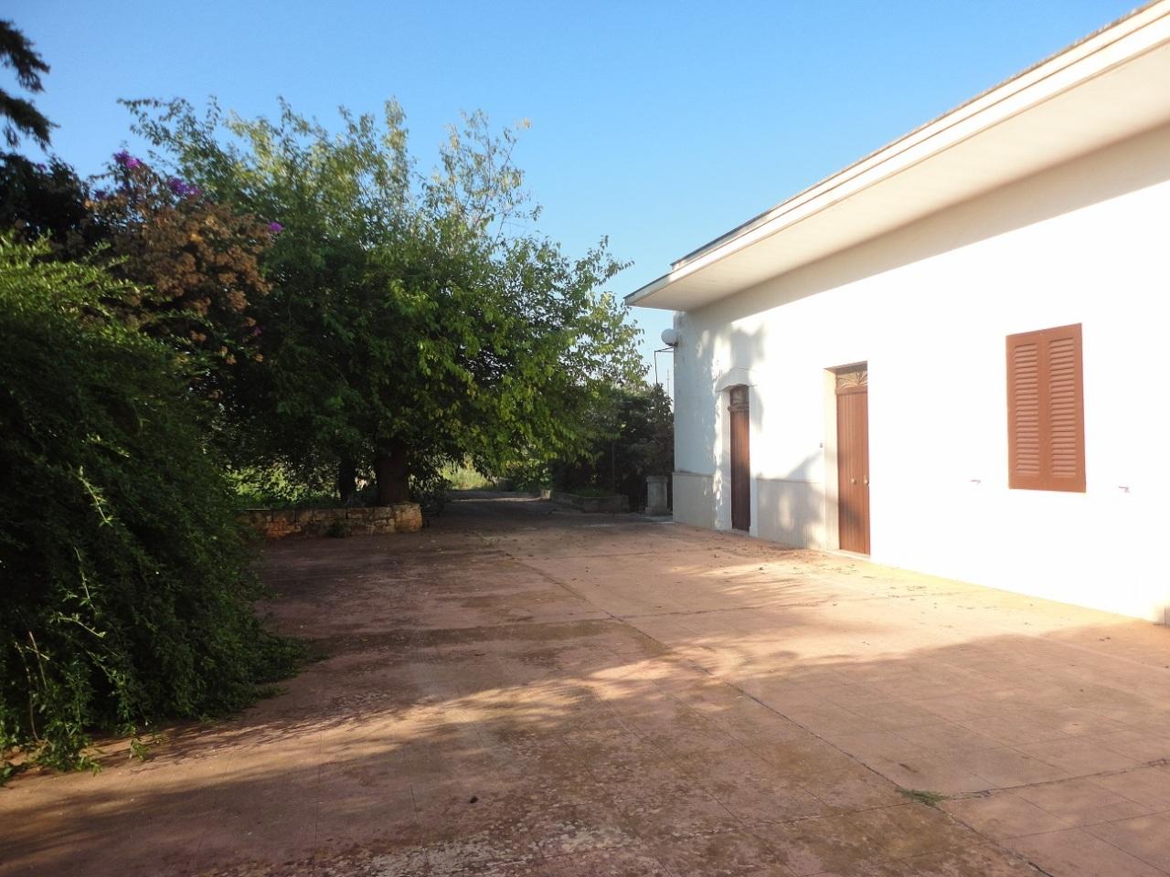Casa Indipendente in discrete condizioni in vendita Rif. 4169349