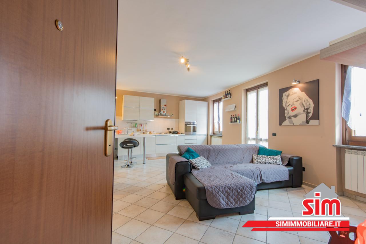 Appartamento in vendita a Romentino, 4 locali, prezzo € 122.000   PortaleAgenzieImmobiliari.it