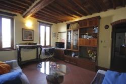 Appartamento in Vendita a Lucca, zona Centro Storico, 400'000€, 120 m²