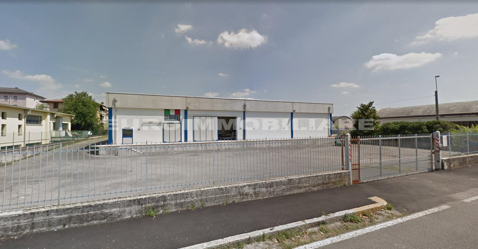Capannone a Brescia