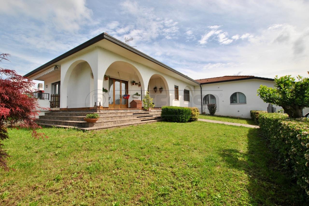 Casa Indipendente in vendita Rif. 12393432