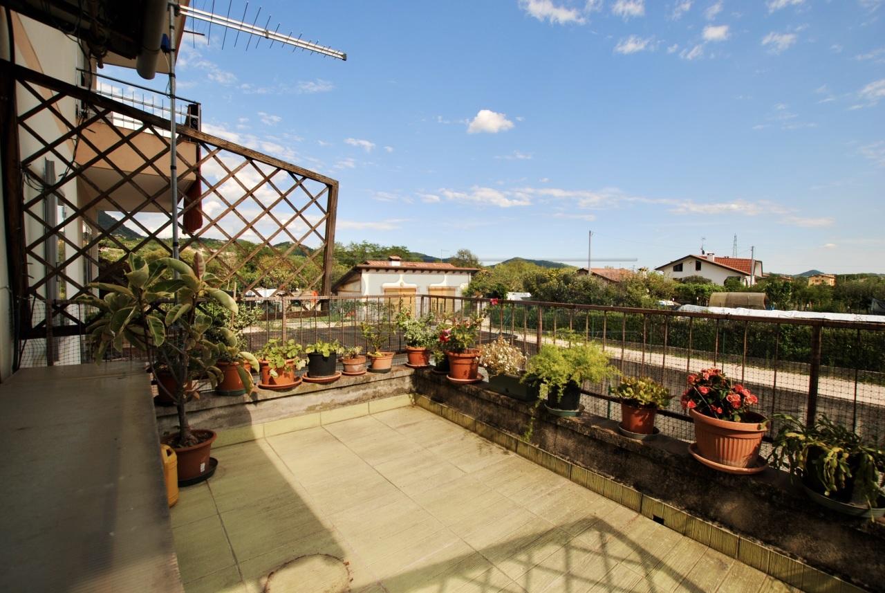 Appartamento in vendita a Cornedo Vicentino, 7 locali, prezzo € 105.000   PortaleAgenzieImmobiliari.it