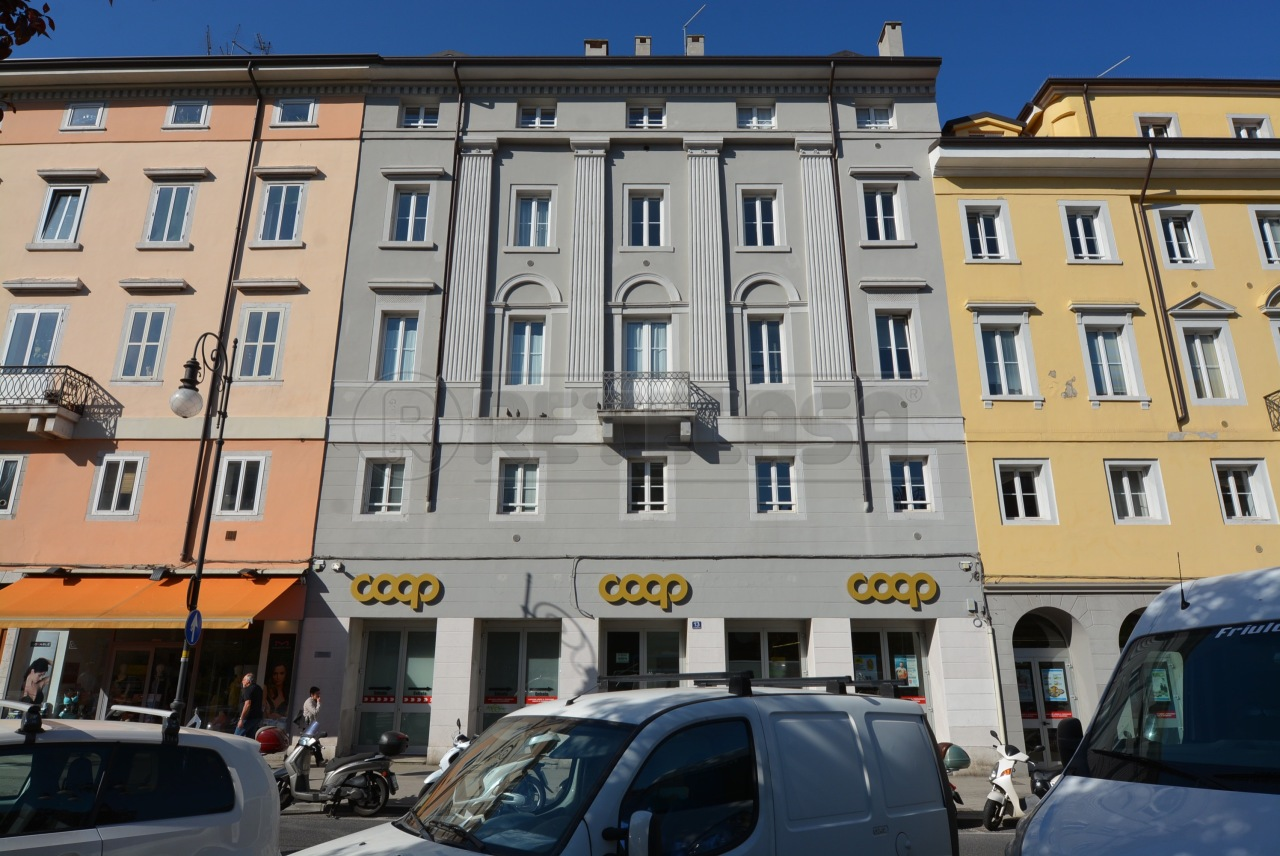 Appartamento - Bicamere a Trieste