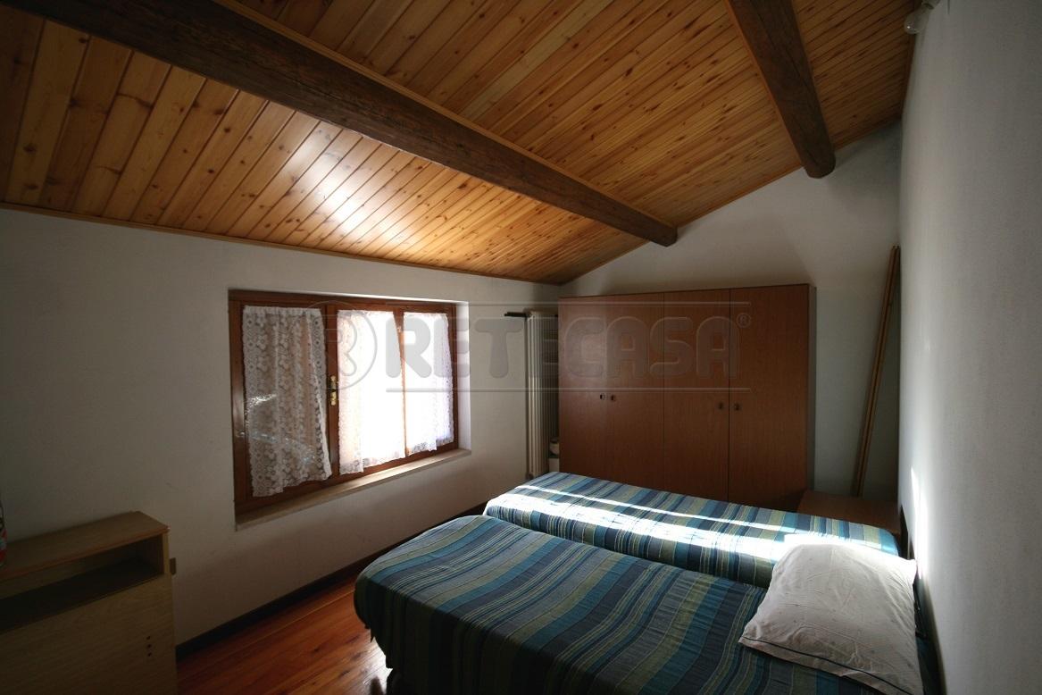 Casa Indipendente in buone condizioni in vendita Rif. 8971503