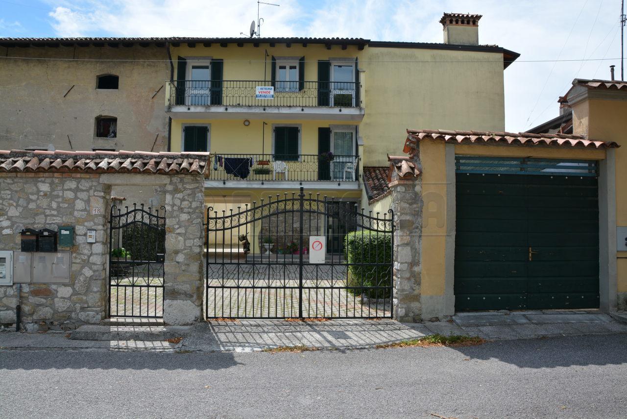 Appartamento in vendita a Aquileia, 6 locali, prezzo € 124.000 | CambioCasa.it