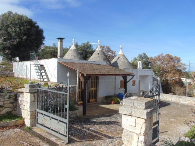 Casa Indipendente in buone condizioni in vendita Rif. 9479183