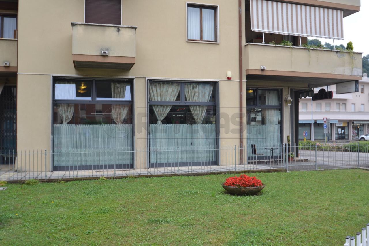 Negozio / Locale in vendita a Valdagno, 9999 locali, prezzo € 88.000   CambioCasa.it