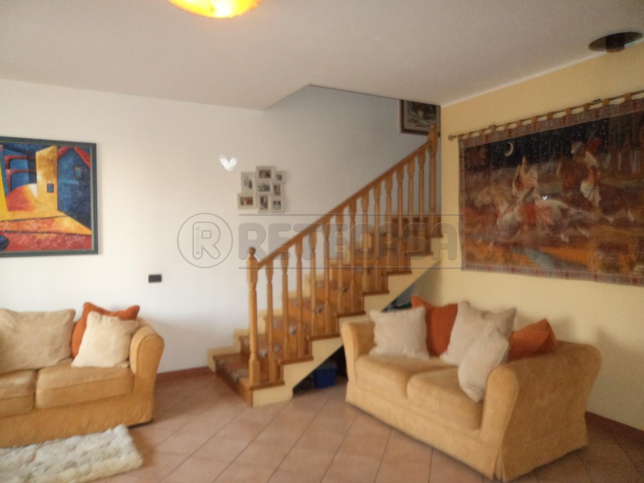 Porzione di casa in buone condizioni in vendita Rif. 10565496