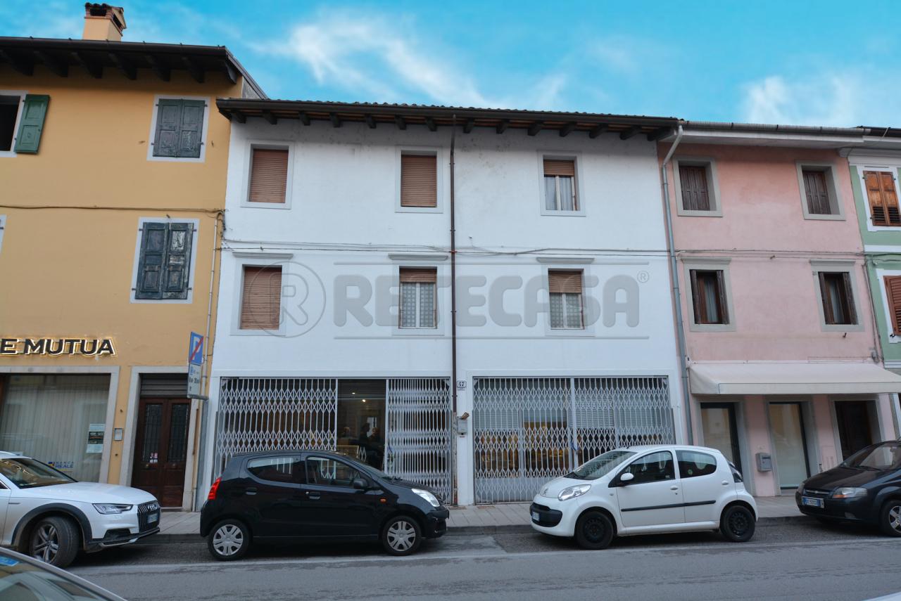Casa Indipendente in discrete condizioni in vendita Rif. 9388935