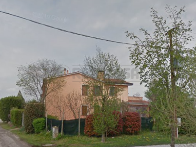 Porzione di casa da ristrutturare in vendita Rif. 12171417