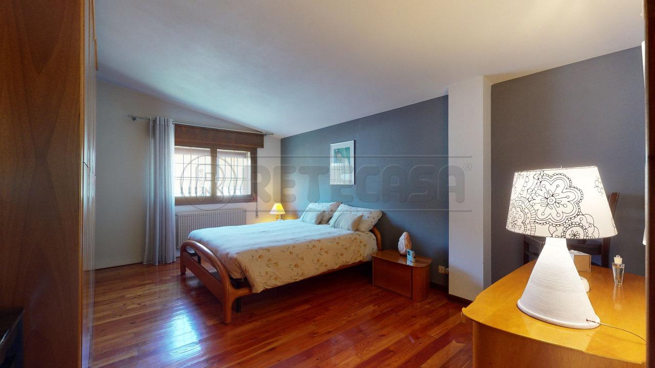 Appartamento in vendita a Grantorto, 8 locali, prezzo € 127.000 | CambioCasa.it