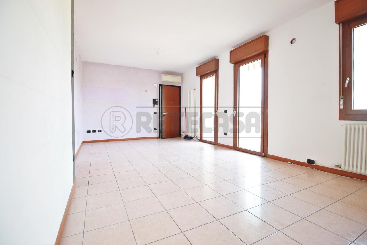 Appartamento in vendita a Montecchia di Crosara, 2 locali, prezzo € 155.000   PortaleAgenzieImmobiliari.it