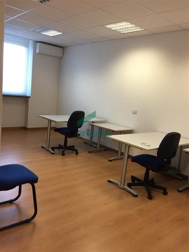 Ufficio - pentalocale a Picone, Bari Rif. 10491890