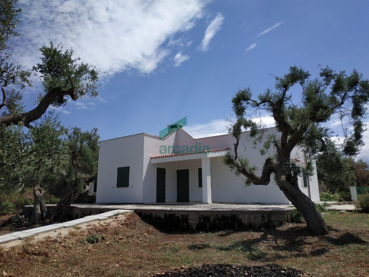 Villa in discrete condizioni in vendita Rif. 10801964