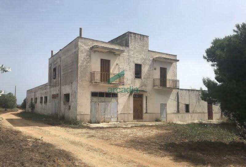 Rustico / Casale in discrete condizioni in vendita Rif. 10825628