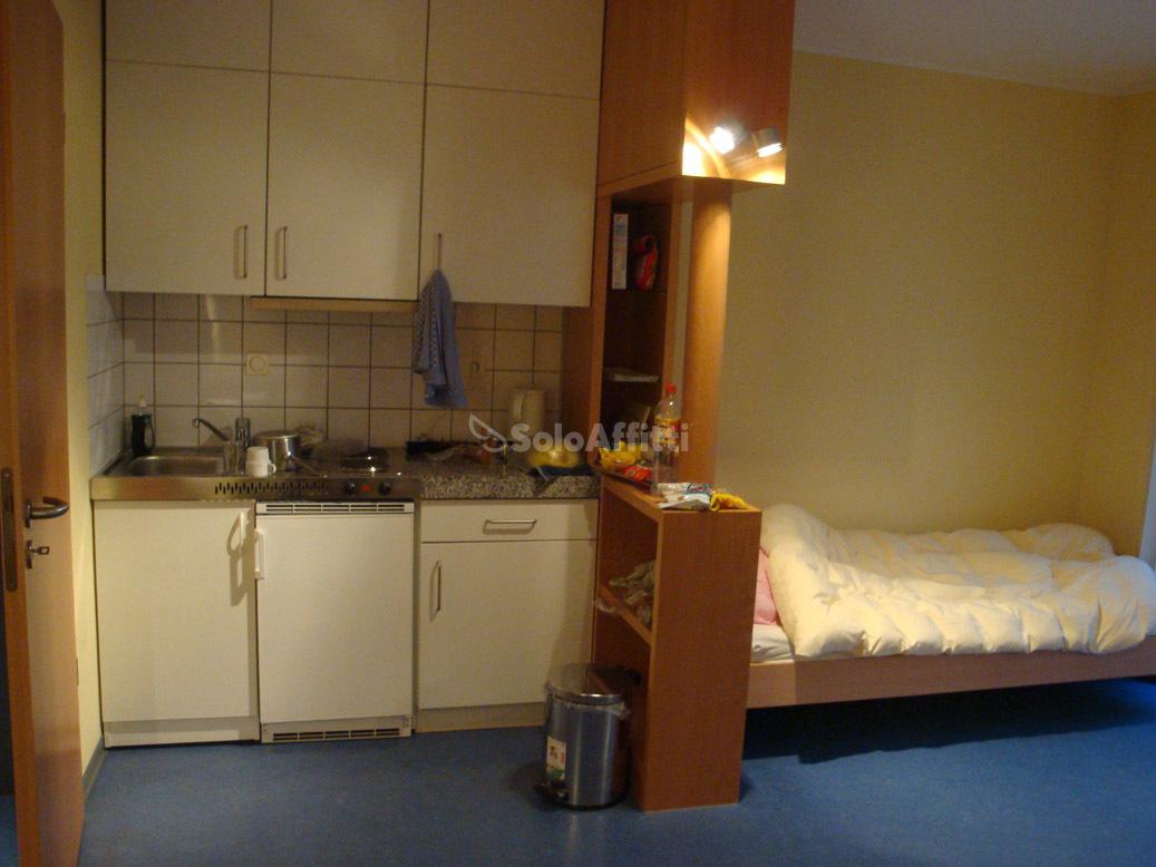 Monolocale arredato in affitto Rif. 11657706