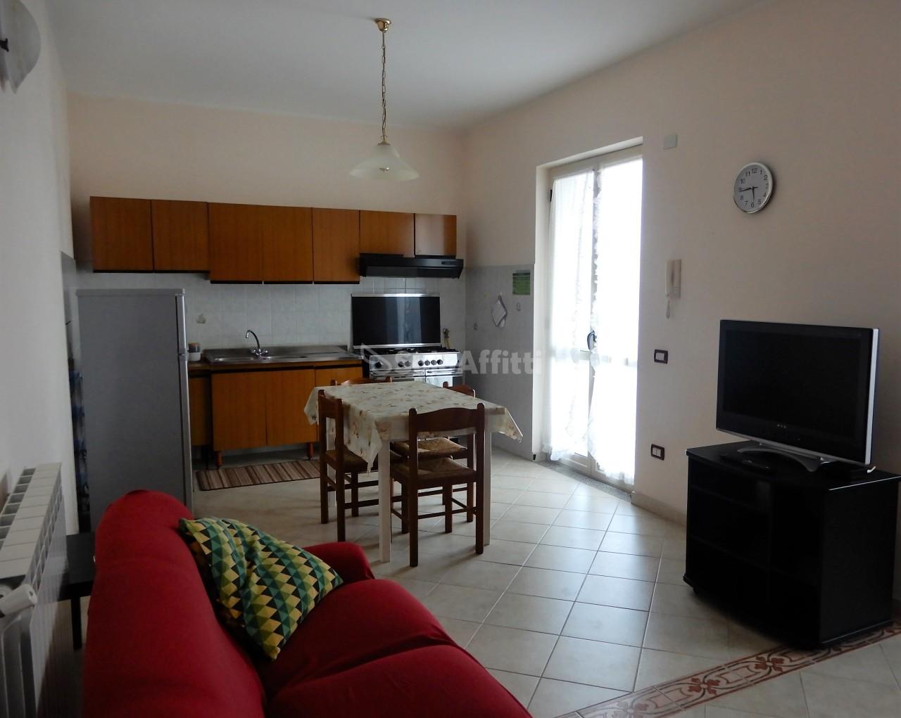 Appartamento - Quadrilocale a Lido Giovino, Catanzaro
