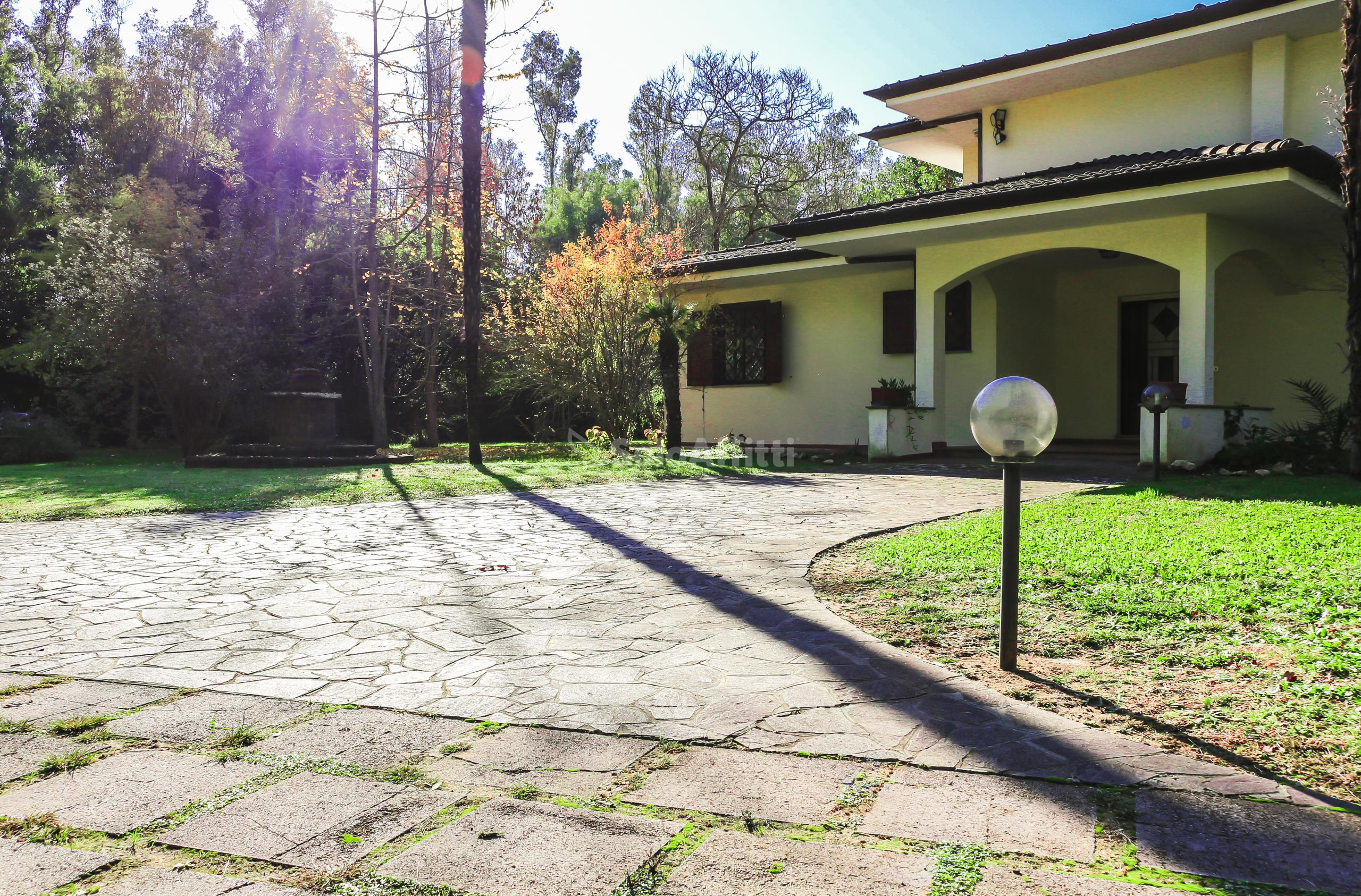 Villa Singola 10 vani
