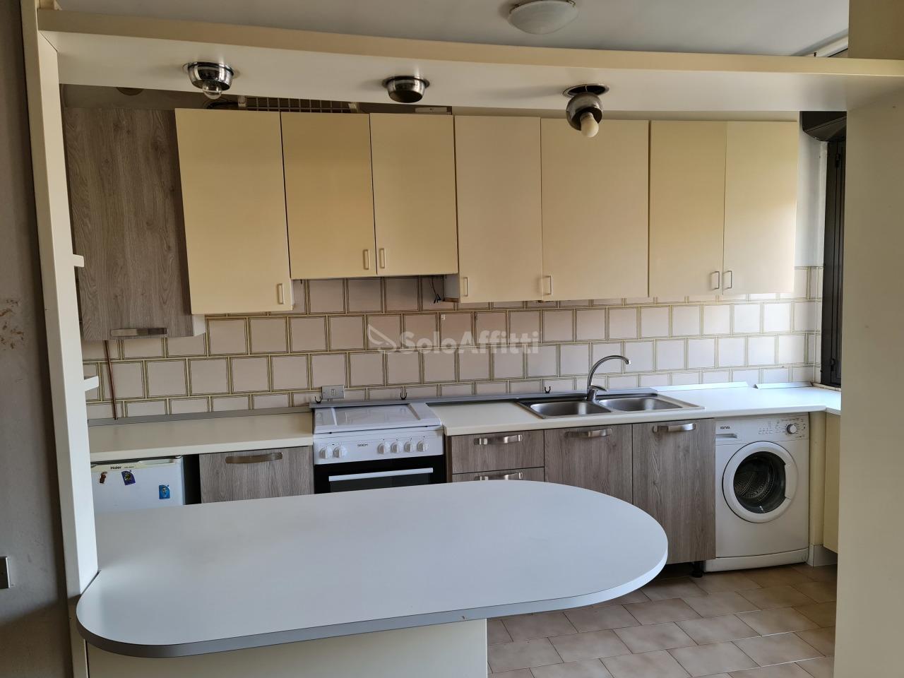 Appartamento in affitto a Saronno, 3 locali, prezzo € 700 | PortaleAgenzieImmobiliari.it