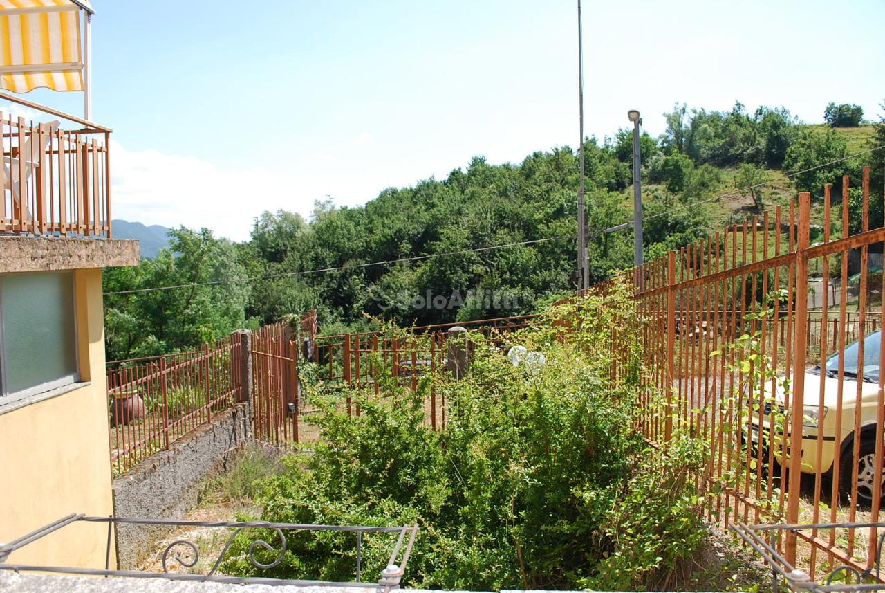 Appartamento in affitto a Savignone, 4 locali, prezzo € 280 | PortaleAgenzieImmobiliari.it