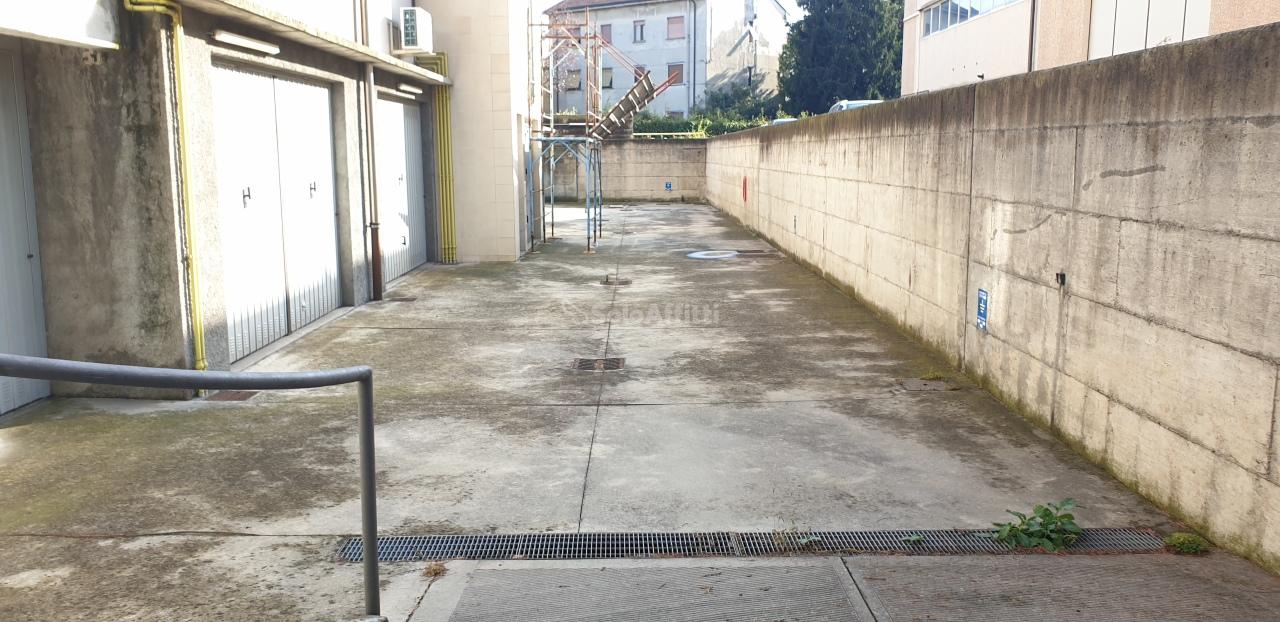 Box / Garage in affitto a Limbiate, 1 locali, Trattative riservate | PortaleAgenzieImmobiliari.it