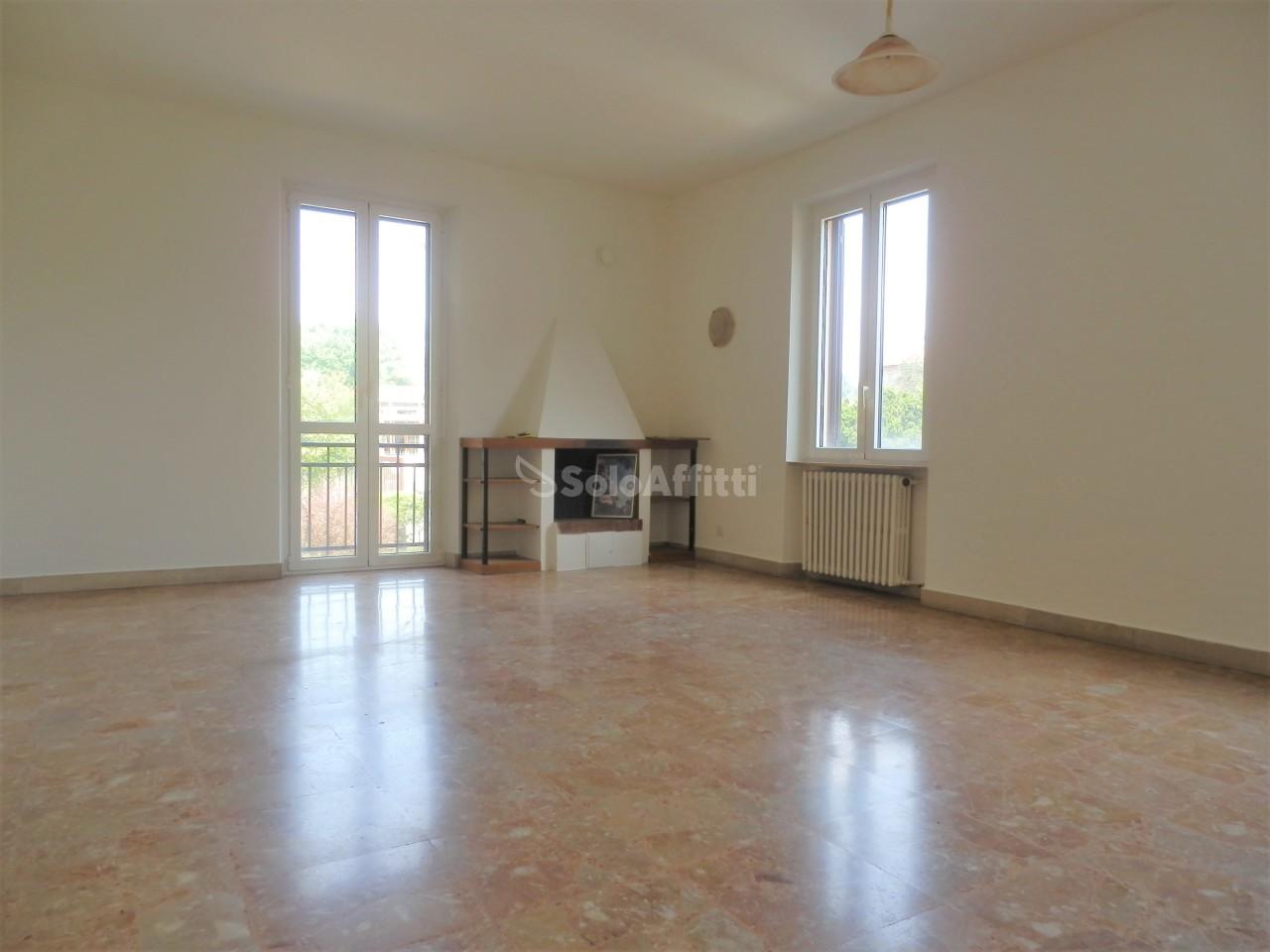 Appartamento in affitto a Valmorea, 3 locali, prezzo € 650 | PortaleAgenzieImmobiliari.it