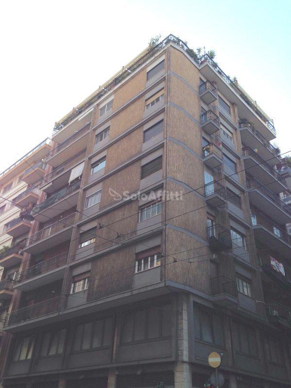 Trilocale in buone condizioni arredato in affitto Rif. 9534255