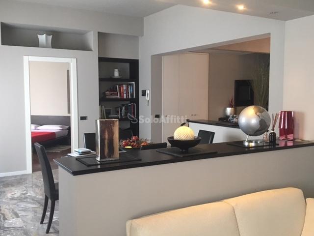 Appartamento Trilocale Arredato 160 mq.