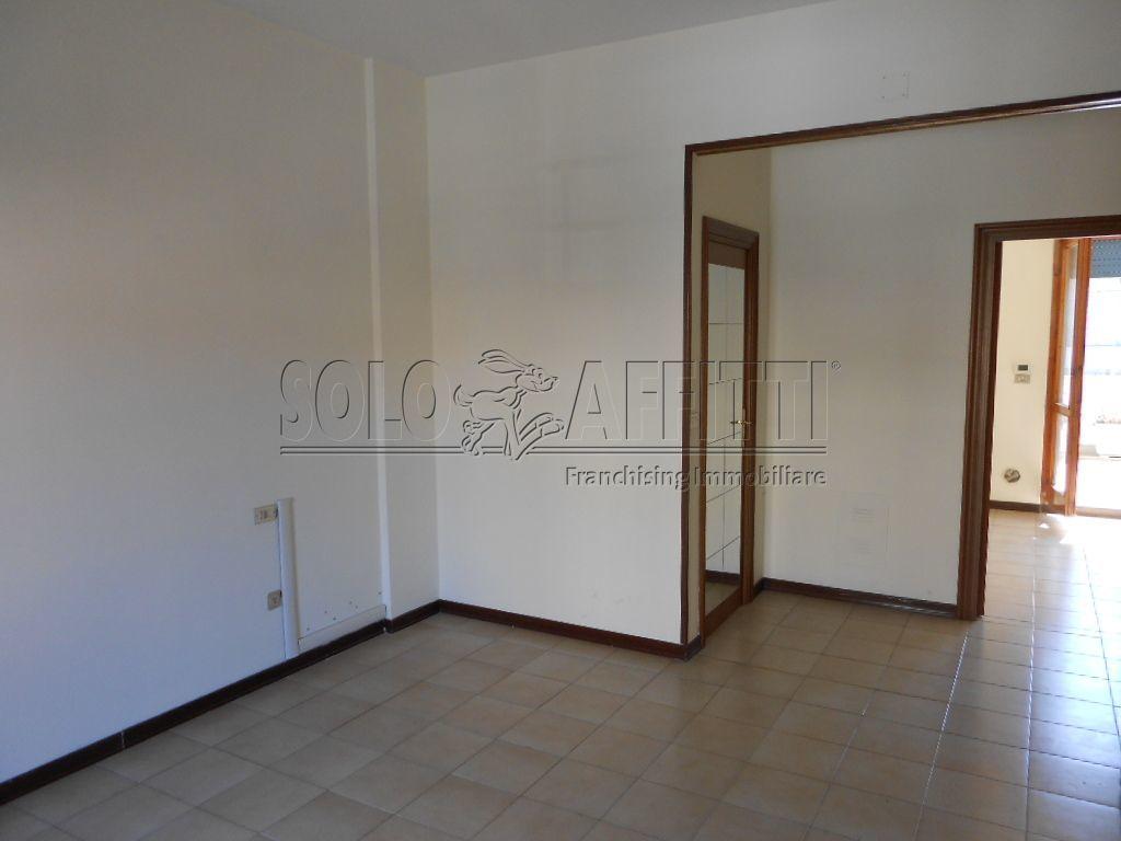 Ufficio - 3 locali a Stadio -  Pineta, Pescara Rif. 11337949