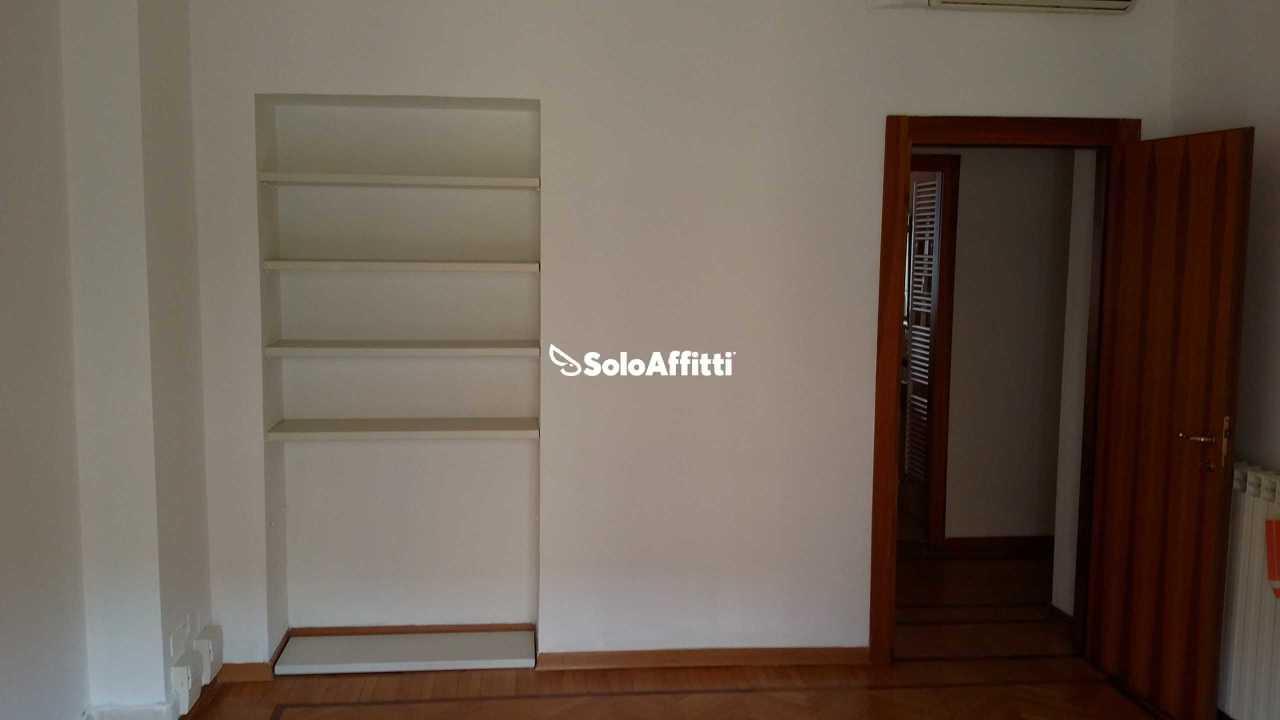 Ufficio - 4 locali a Centro, Milano Rif. 12171470