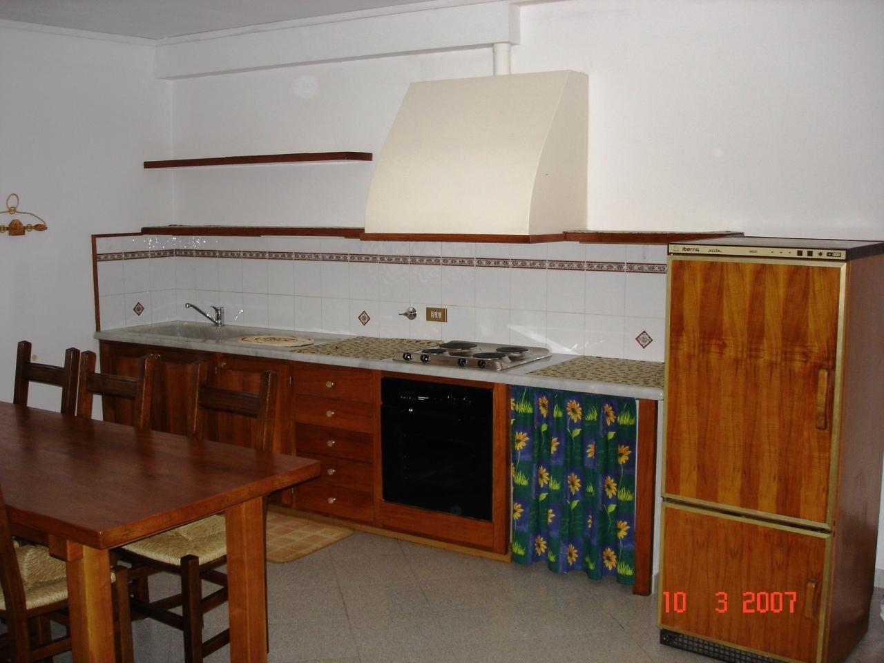 Appartamento in buone condizioni in affitto Rif. 9794931