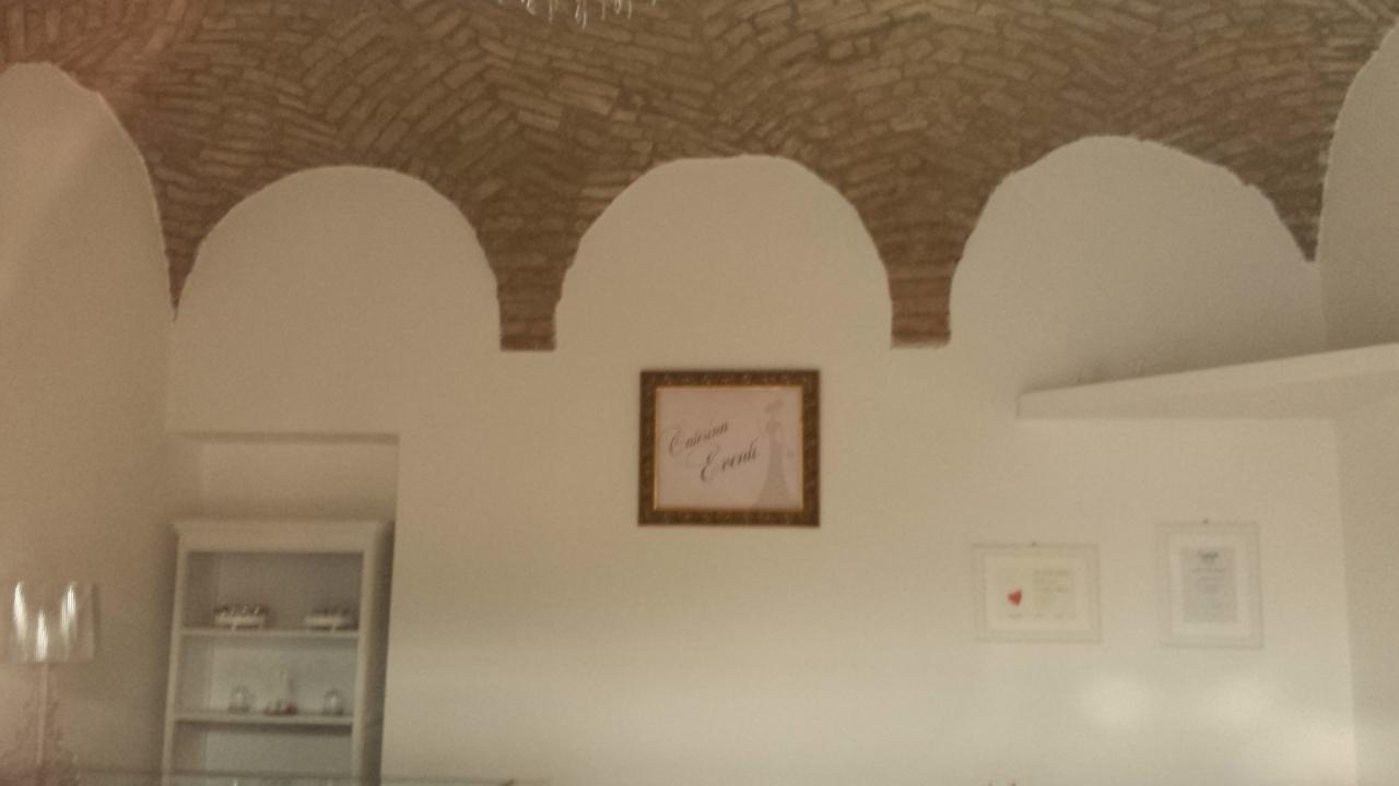 Locale commerciale - 1 Vetrina a Parma Centro, Parma Rif. 8016681