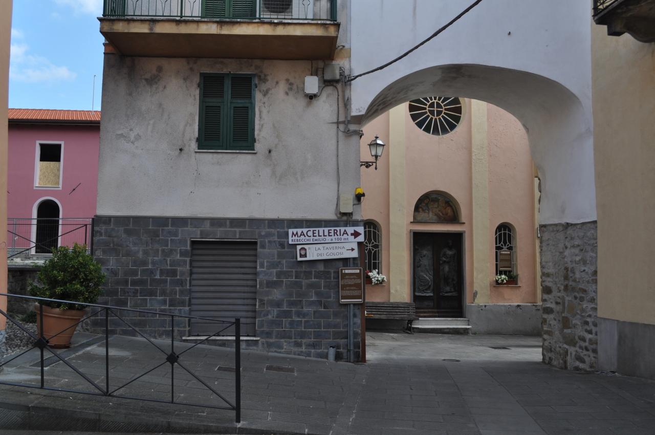 Negozio / Locale in vendita a Brugnato, 2 locali, prezzo € 70.000   PortaleAgenzieImmobiliari.it