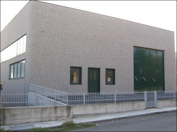 Capannone / Fondo - Industriale/Artigianale a Medesano Rif. 4142261