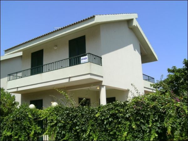 Villetta a schiera in ottime condizioni in vendita Rif. 6158423
