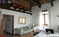 Appartamento in Affitto a Venezia, zona Santa Croce, 90 m², arredato