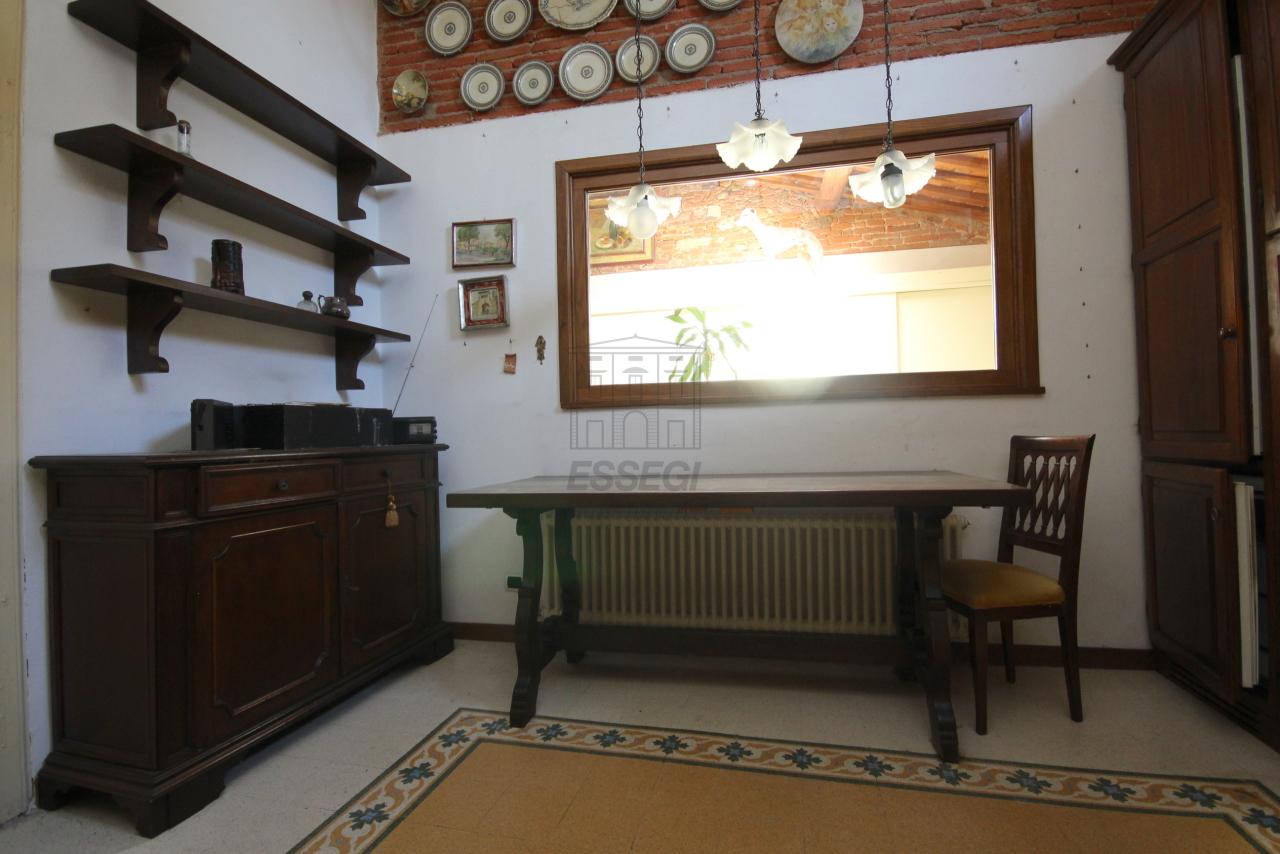 Appartamento Lucca Centro storico IA03358 img 12