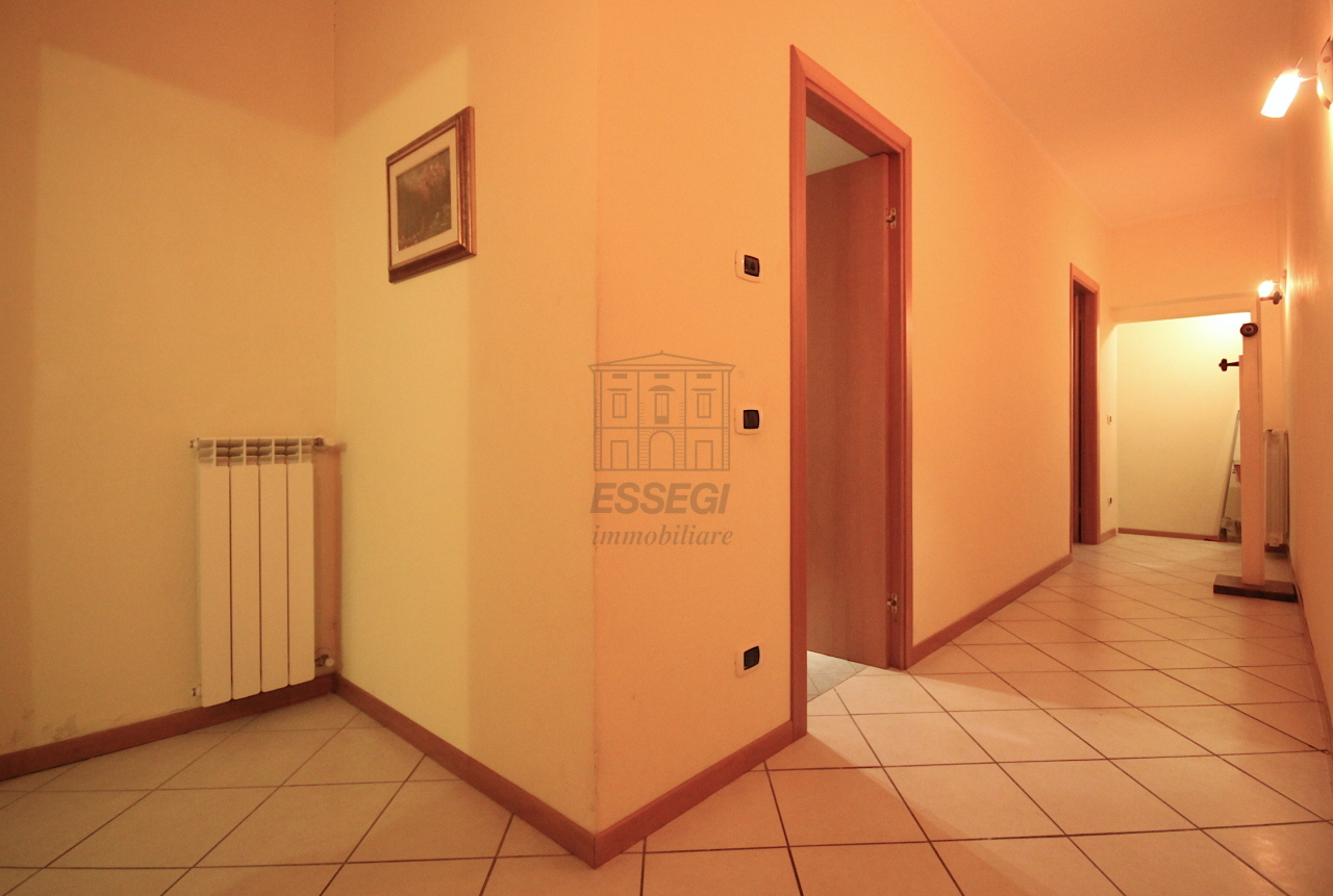 Appartamento Lucca Centro storico IA03407 img 12