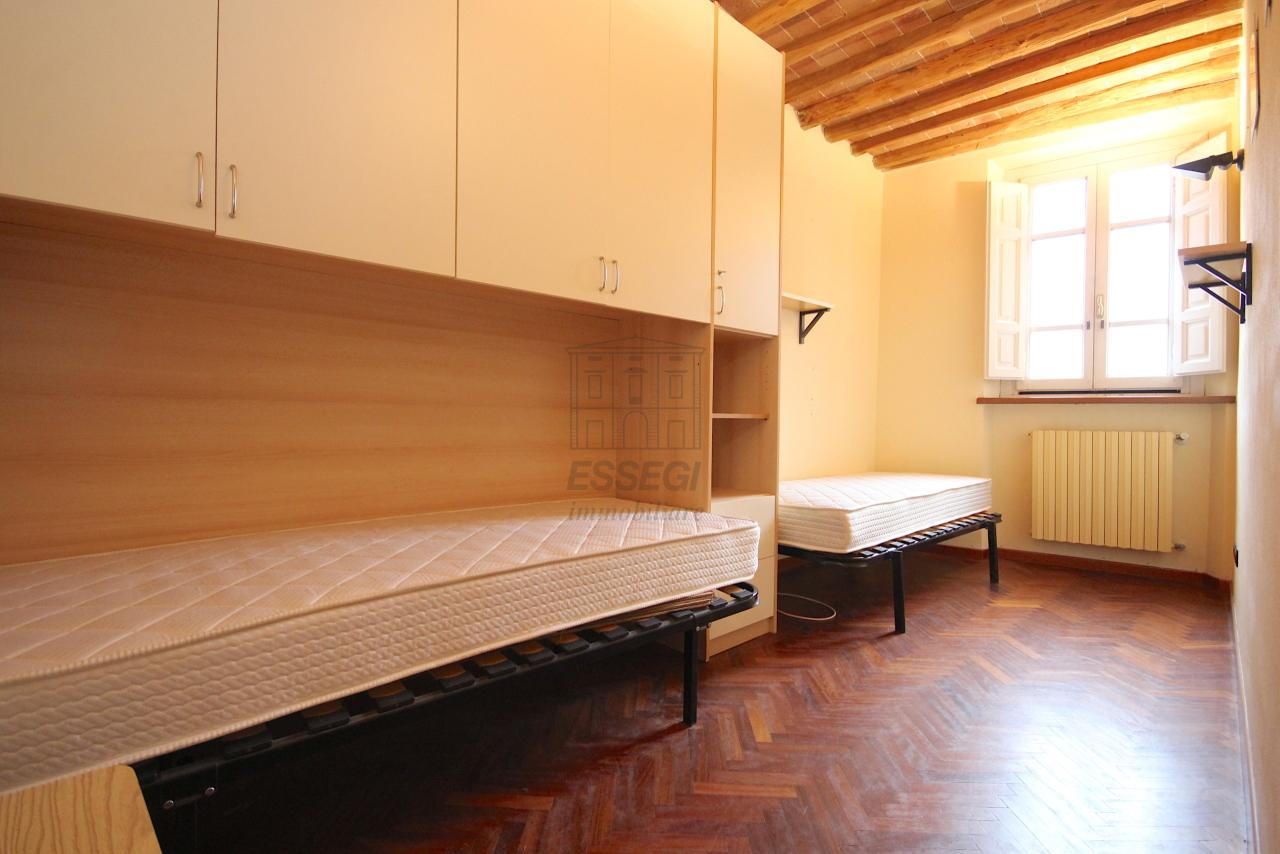 Appartamento Lucca Centro storico IA03483 img 12