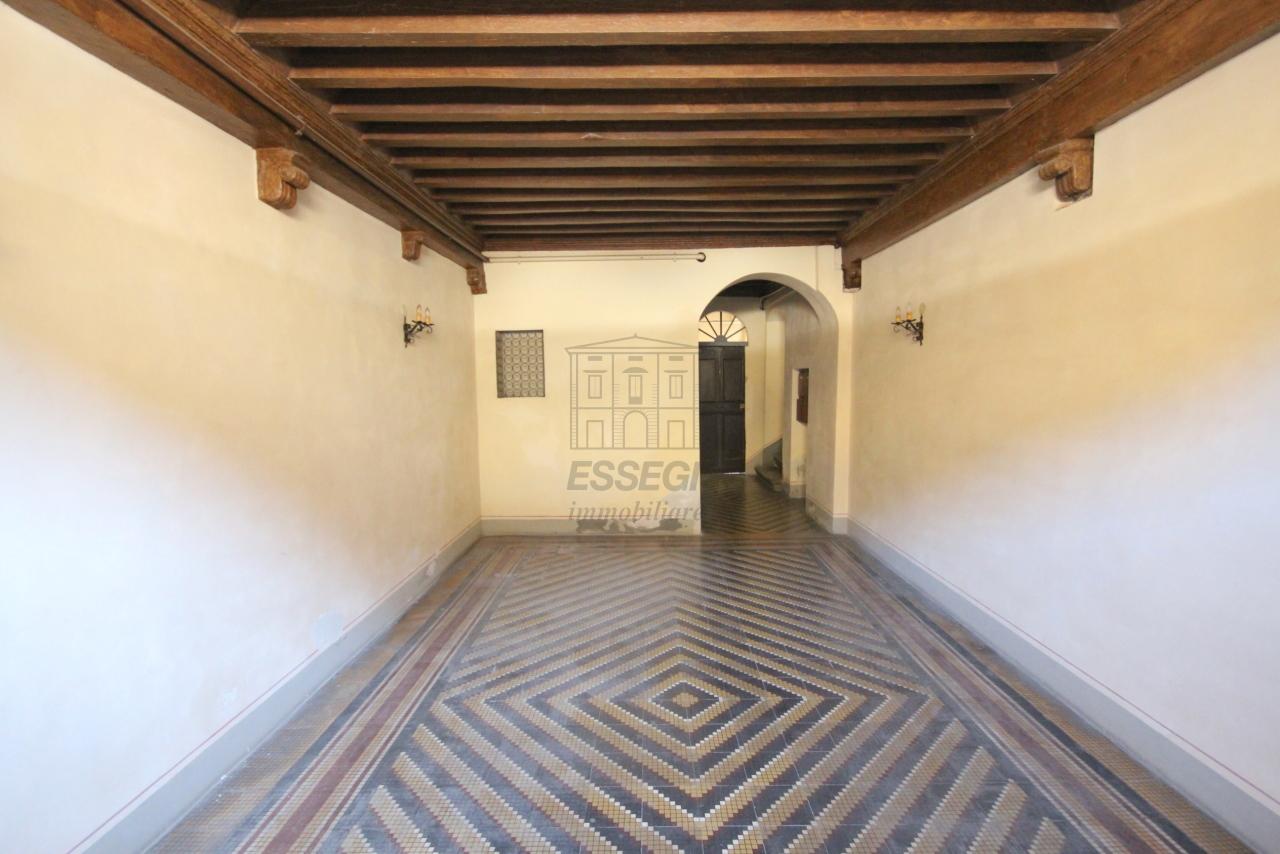 Appartamento Lucca Centro storico IA03358 img 42