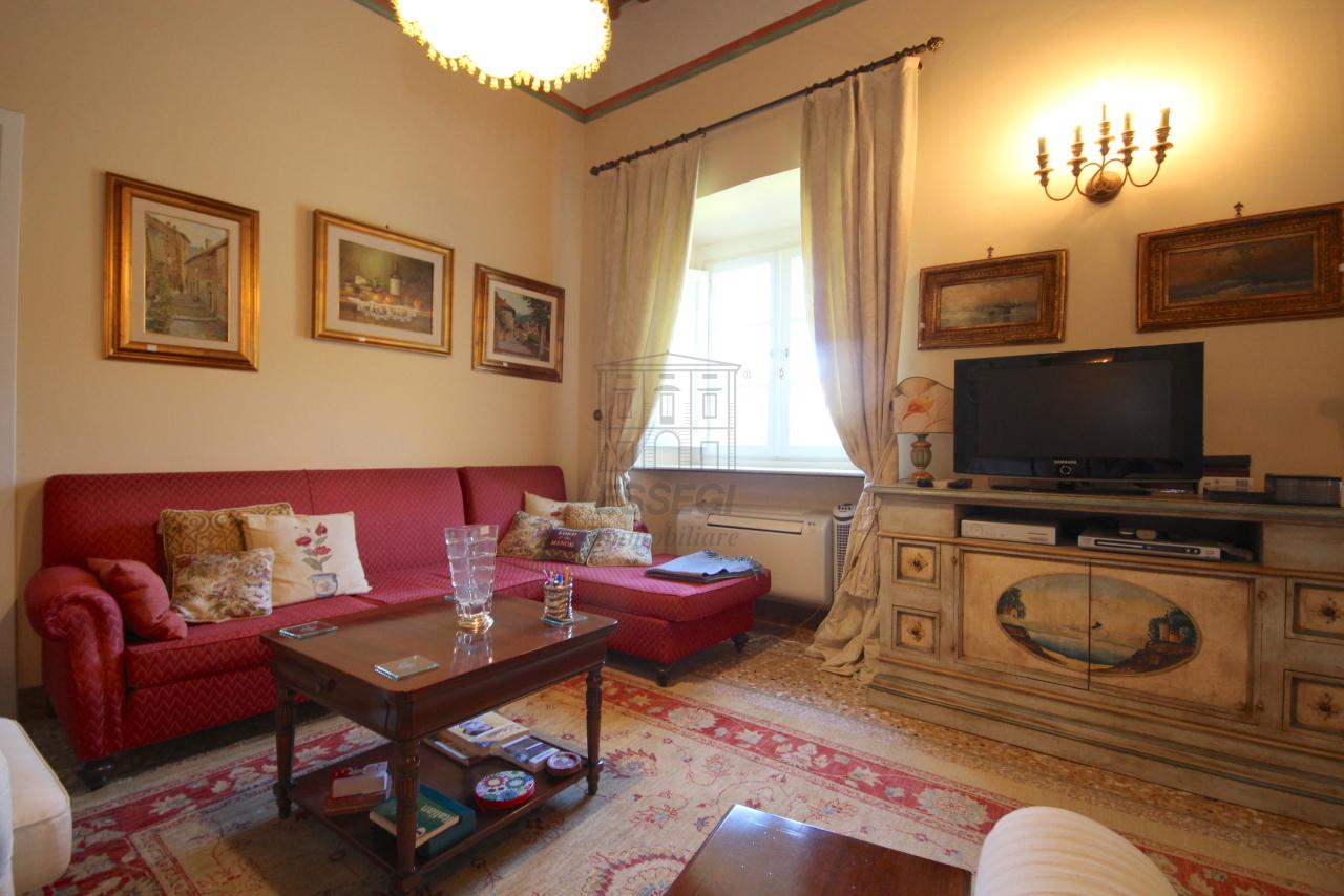 Appartamento Lucca Centro storico IA03340 img 7